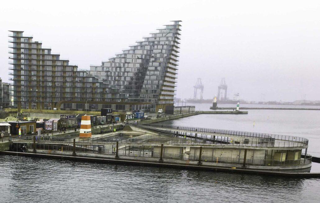 Havnebad og Bjarke Ingels courtscraper