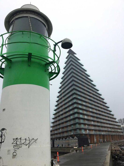 Fyrtårn og højhus af Bjarke Ingels